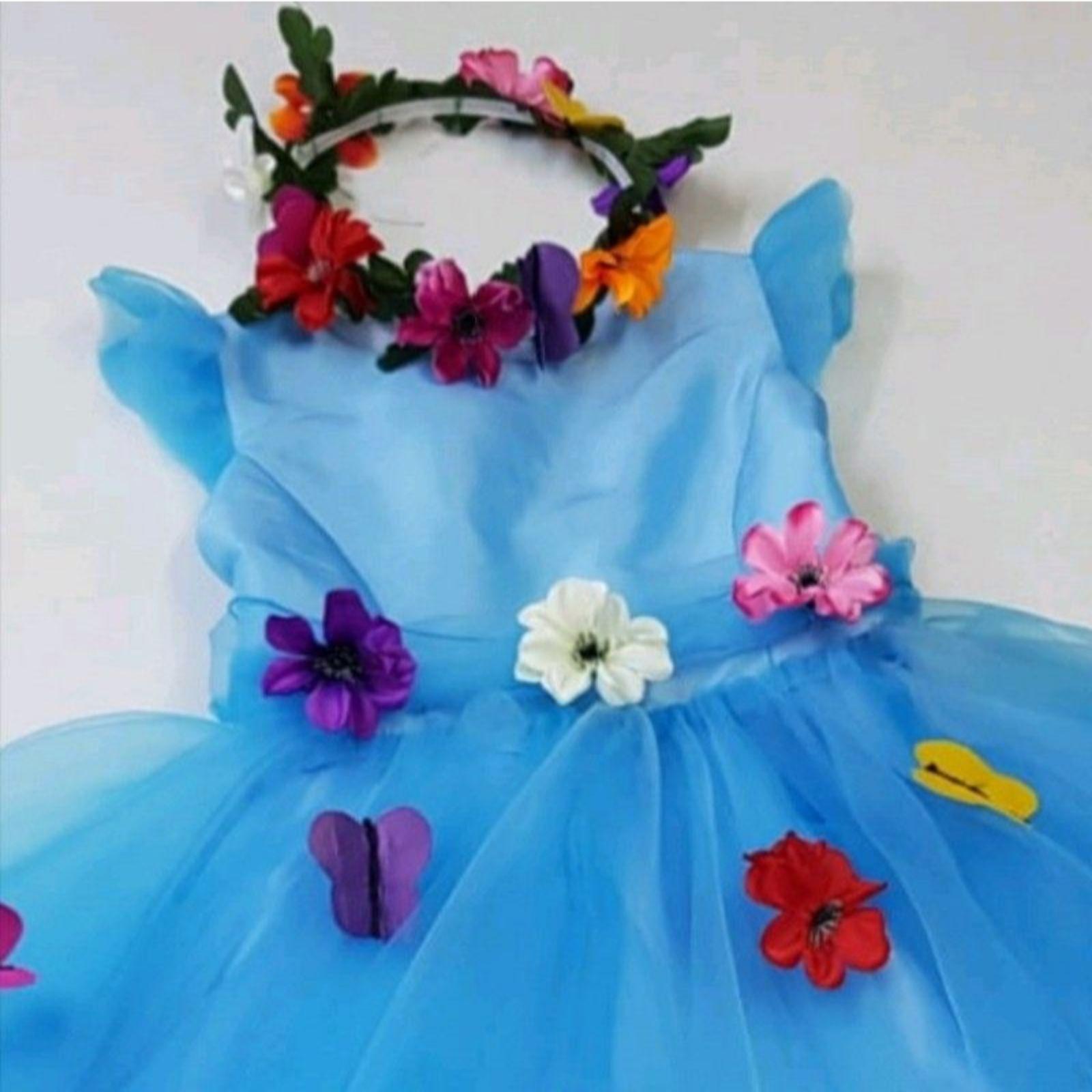 Prințesa bleu cu flori și fluturași 4