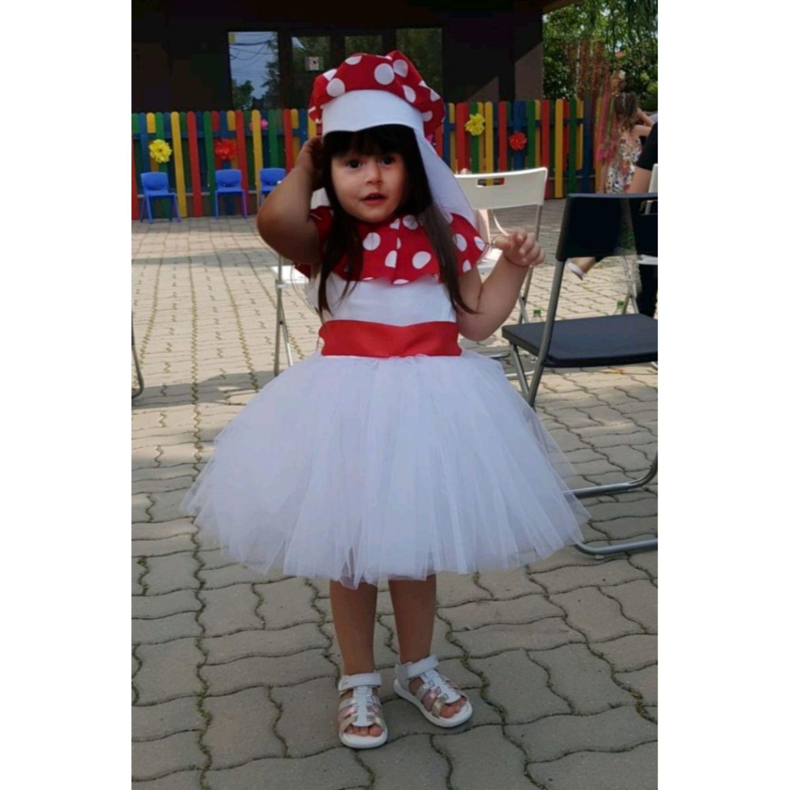 Rochiță Ciupercuță albă