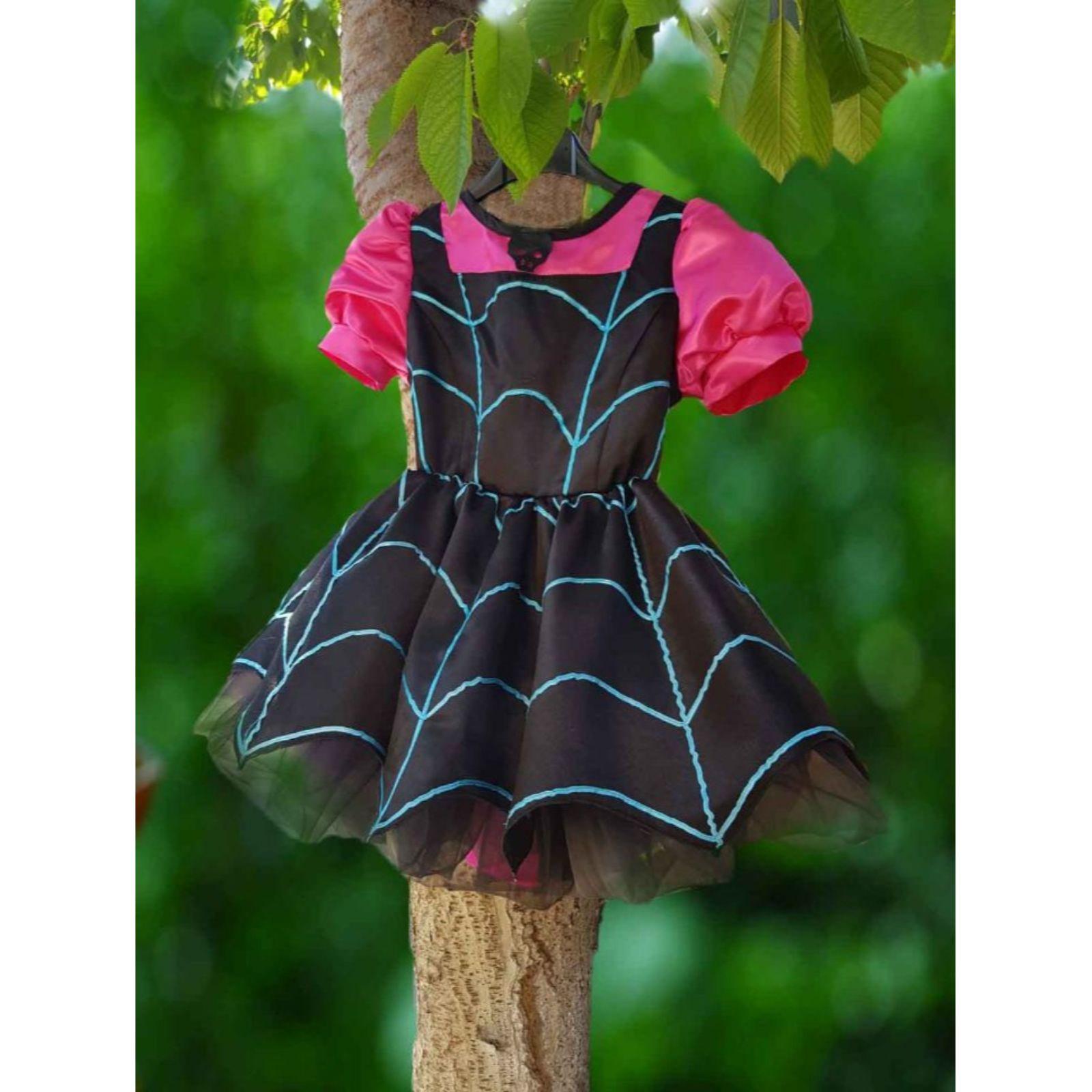 Costum Vampirina 4